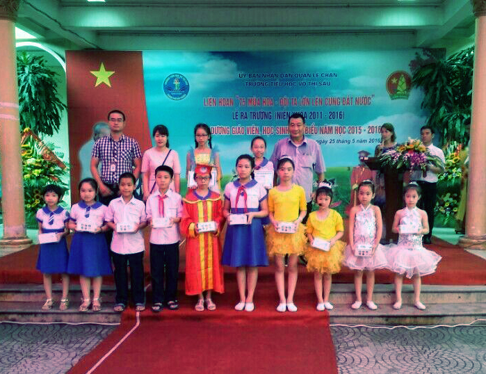 Kiddy trao gần 300 triệu đồng quà tặng cho học sinh giỏi cả nước