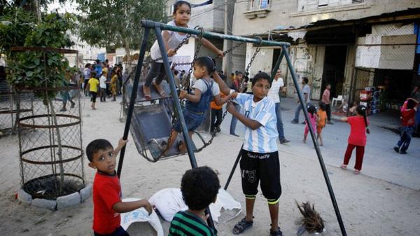 Trẻ em ở Israel thường chơi ở ngoài trời nhiều hơn là trong nhà (Ảnh minh họa).